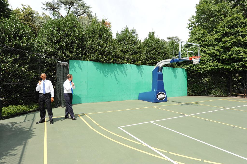 Barack Obama Loves Basketball