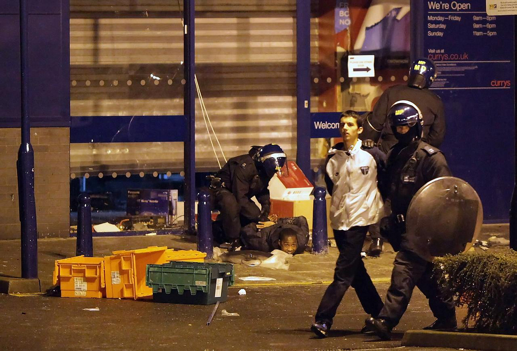 August 2011: London Riots Photos August 2011