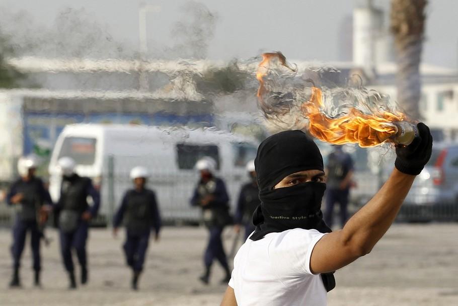 http://publicintelligence.net/wp-content/uploads/2012/04/bahrain-april-2012.jpg